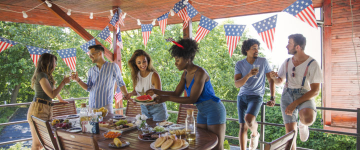 Find Exciting Fourth of July 2021 Celebration Ideas in Arlington at Arbrook Oaks Plaza